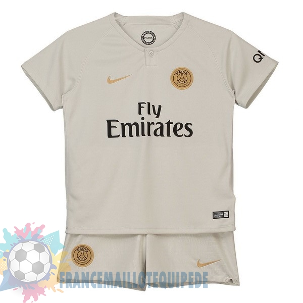 Magasin De Foot Nike Exterieur Ensemble Enfant Paris Saint Germain 2018 2019 Blanc