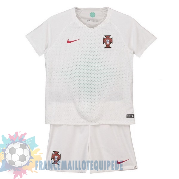 Magasin De Foot Nike Exterieur Ensemble Enfant Portugal 2018 Blanc